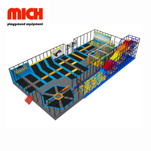 Medium Commercial Indoor Wipe Out Trampoline Park with Big Slide